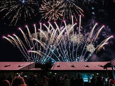 fireworks1-400x300
